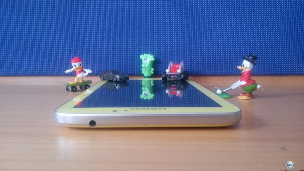Oberseite des Galaxy Tab 3 Kids