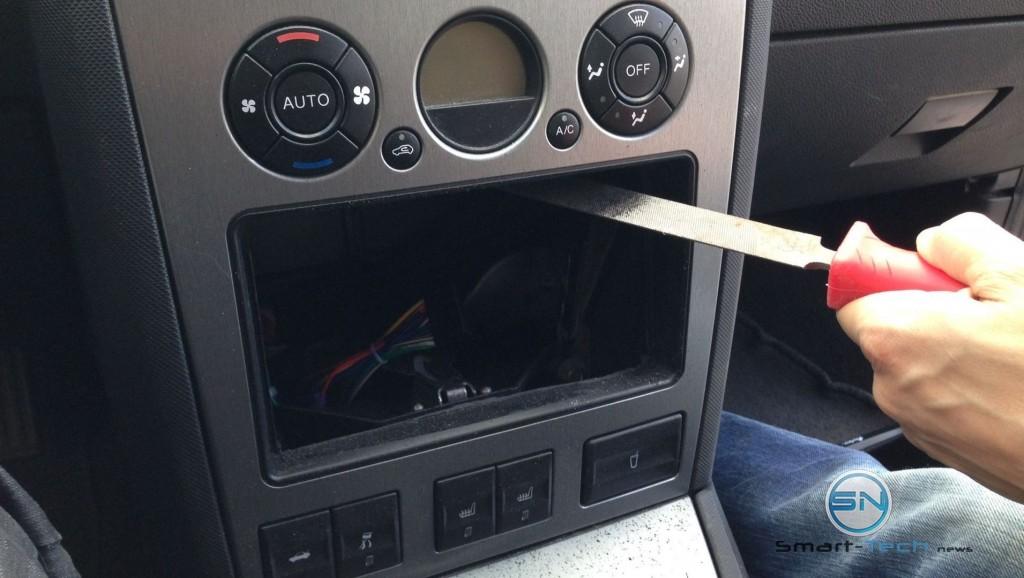 Anpassen des Schachtes an das Radio