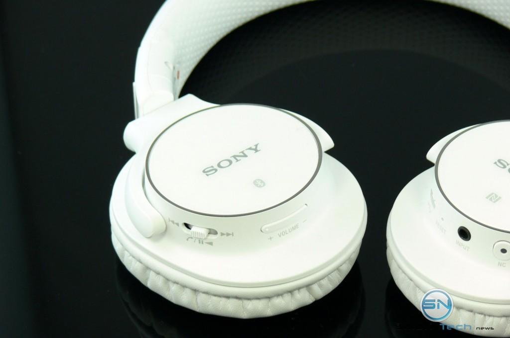 Linke Seite - Sony MDR ZX750BN - SmartTechNews