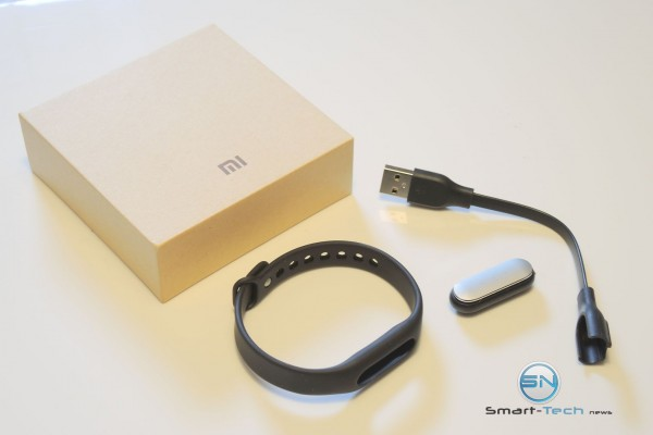 Unboxing - Xiaomi Mi Band 1S - SmartTechNews