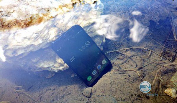Samsung A5 (2017) im Wasser - SmartTechNews