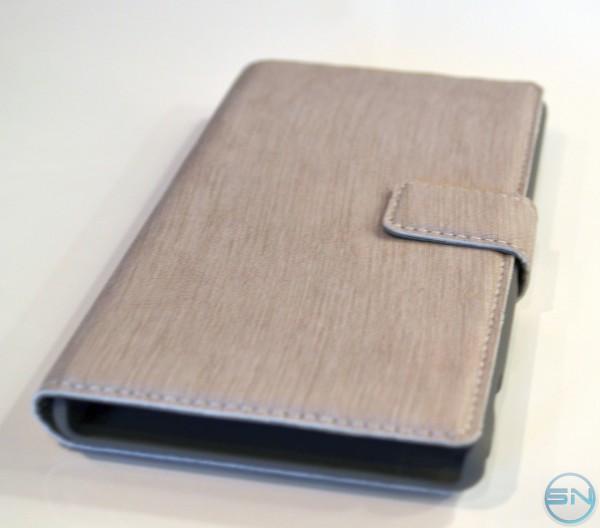 Booklet für das Xperia Z1 im Test