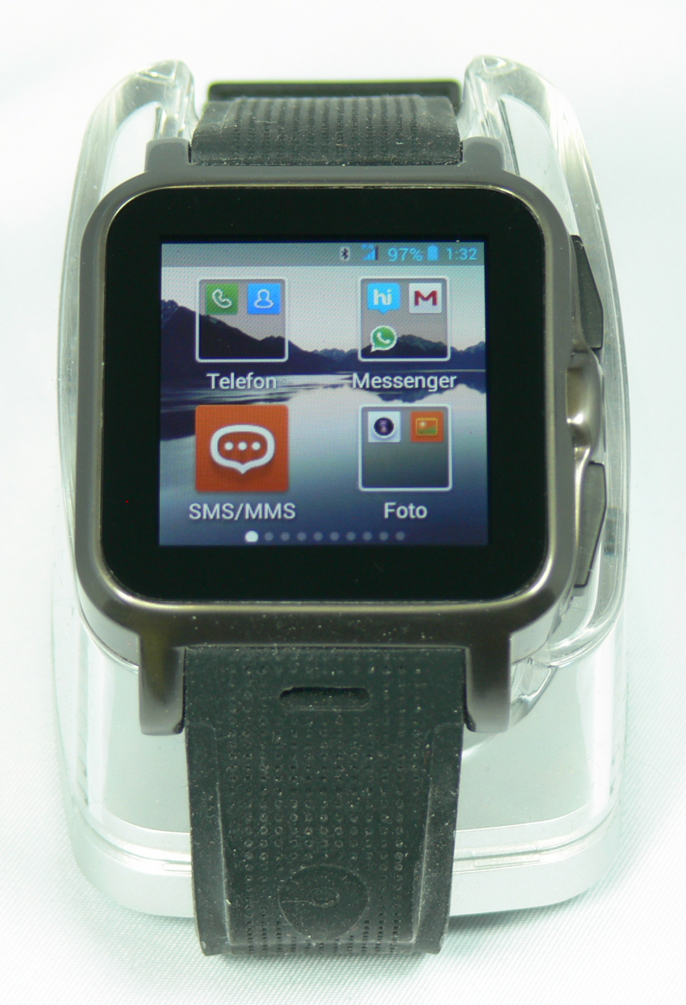 Smartphone: 1.5″-Smartwatch AW414Go mit Android 4.x, BT, WiFi, Cam
