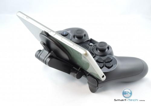 PS4 Controller mit Z3 Halterung Rückseite - SmartTechNews