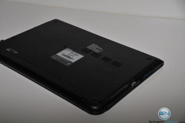 Toshiba Satelite L50D-B-12Z - Unboxing 8 - SmartTechNews