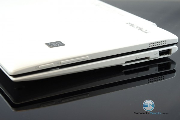 Power, Volume Tasten, SDCard Reader, USB 2.0 - Toshiba Click Mini - SmartTechNews