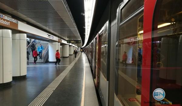 Wien Ubahn - Kunstlicht - Huawei P9 - SmartTechNews