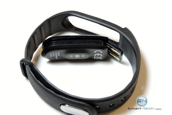 Ladeeinheit - NewGen Medical FBT55 HR SmartBand - SmartTechNews