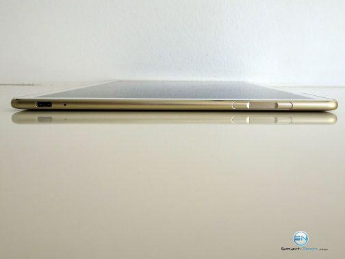 Huawei MateBook - SmartTechNews - rechte Seite