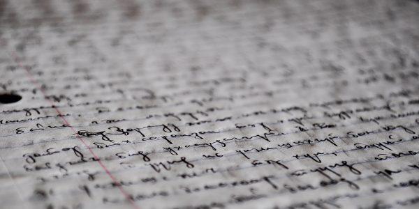 manuscript-pixapay-sms-handschrift