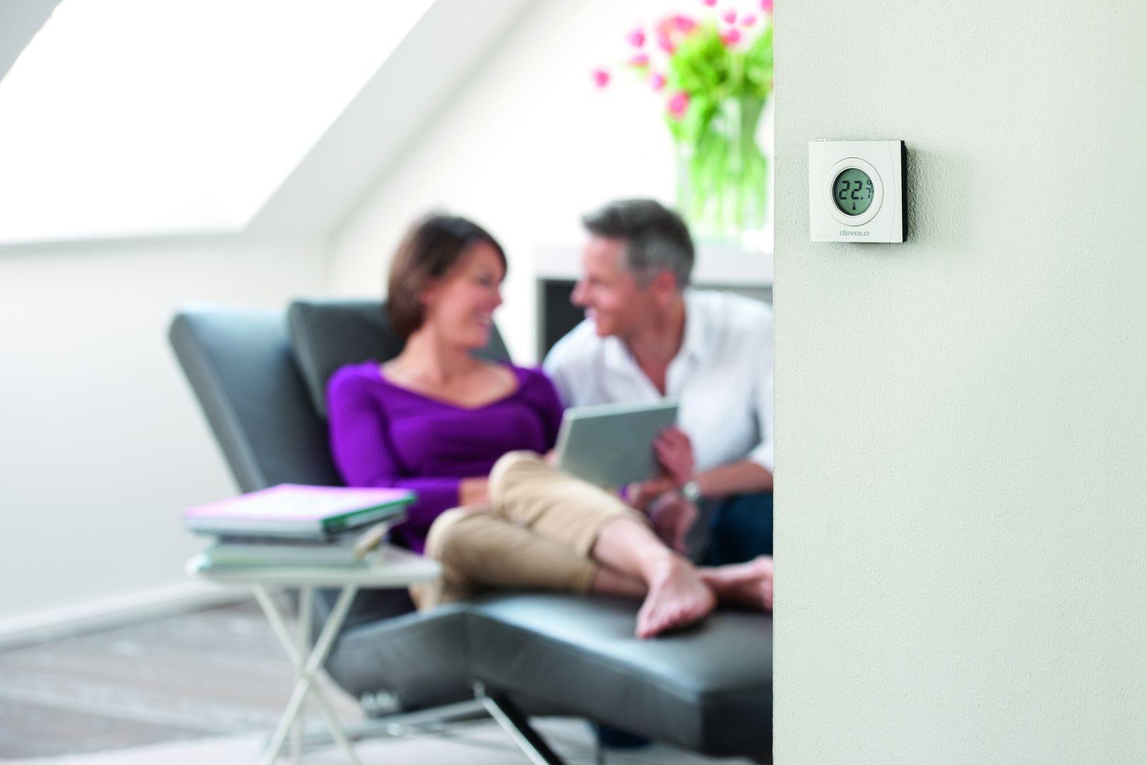 devolo-Home-Control-Room-Thermostat-livingroom